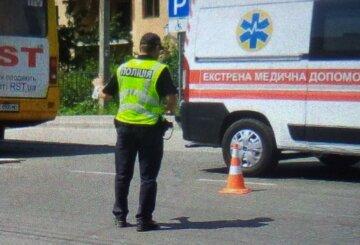 Пассажиры голыми руками подняли автобус, чтобы спасти человека: детали ЧП на Львовщине