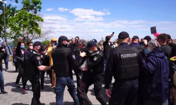 Любители России устроили массовые беспорядки в Одессе на 9 мая: позорные кадры