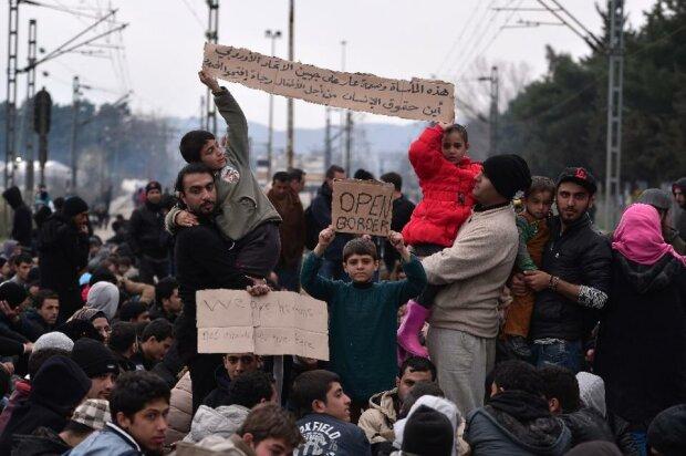 Греция ускорит создание центров для 30 тыс. мигрантов