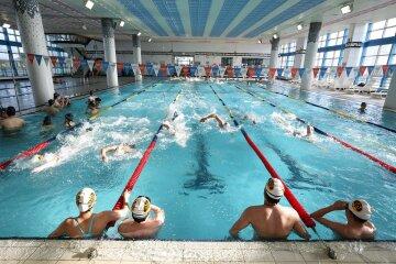 плавание бассейн