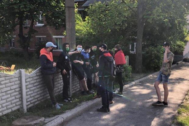 "Банда малолеток устроила ""сафари"" на харьковчан: ""нападают толпой"""