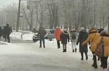 Погода не пощадит, украинцев предупредили о резком похолодании и гололедице: по каким областям ударит