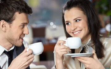 люди чай кофе пьют