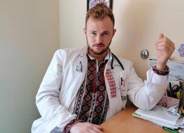 """Лікар, що захворів, показав """"нагороду"""" від Зеленської: """"Навіщо це все?"""""""