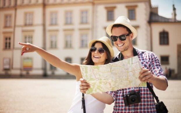туристы, путешествия