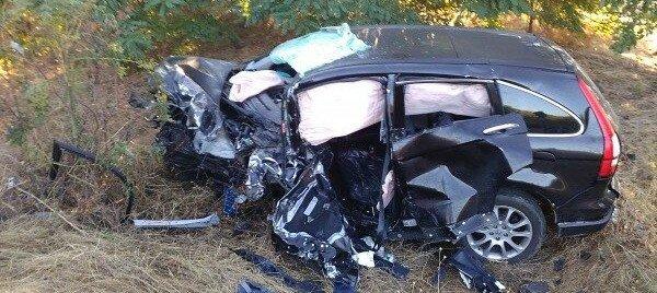 Смертельное ДТП под Николаевом: машины столкнулись лоб в лоб (фото)