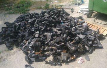 """Звалище взуття вразило українців, кадри: """"Безкоштовно не могли роздати"""""""