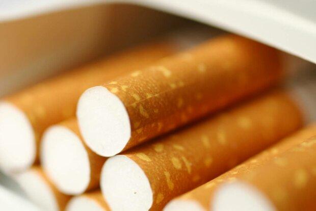 «Активісти б'ють на сполох: тютюнові компанії можуть перейти межу шантажуючи Уряд»
