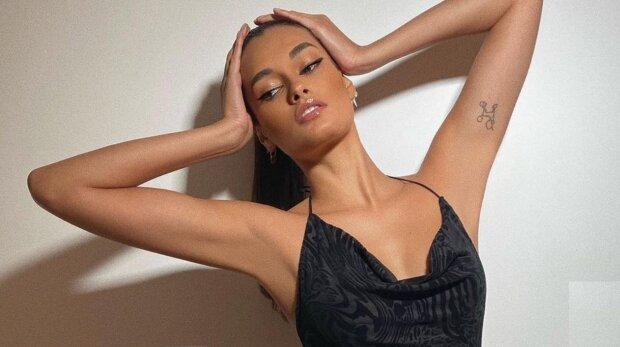 Бразильская красотка из «Victoria's Secret» поджарила свои