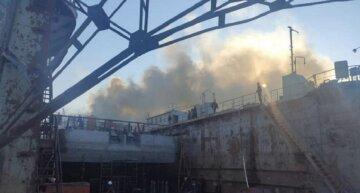 В Одеській області на заводі спалахнула потужна пожежа: кадри і причини НП