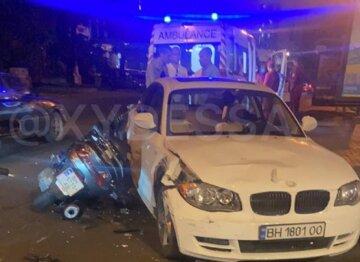 Пьяный водитель БМВ забрал жизнь человека в центре Одессы, кадры: его пытаются отмазать