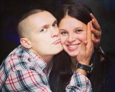 усик с женой