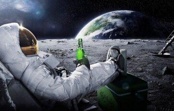 Астронавт-космос