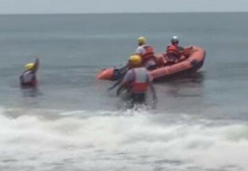 НП на українському курорті: дітей віднесло у відкрите море, молодшому всього 7