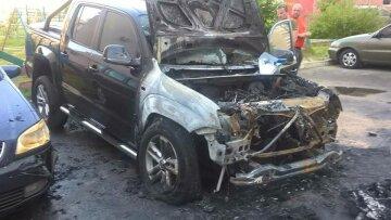 Поджог авто нардепа: опубликовано видео