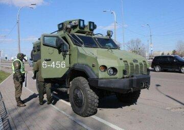 Київ, воєнна техніка