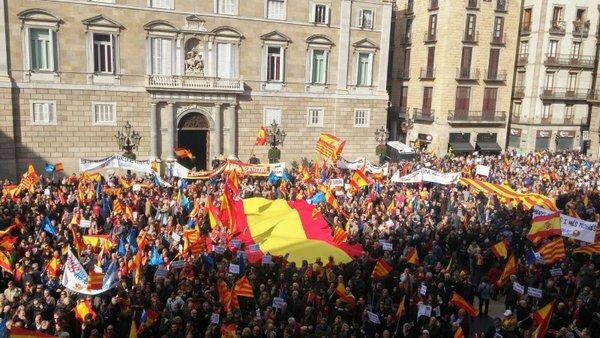 Независимость Каталонии: появилась первая реакция Мадрида