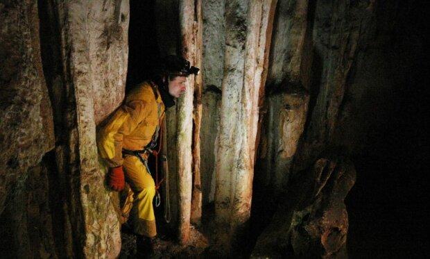 спелеолог пещера