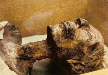 Мумия в Киево-Печерской лавре: опубликованы впечатляющие кадры (фото)
