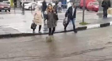 Ливни и град парализовали Харьков: кадры безумия природы