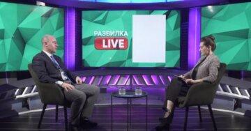 Бизяев отметил, что Украине для развития придется пойти на ряд непопулярных шагов