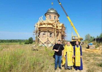 На Київщині відновлюють Спасо-Преображенський Межигірський монастир - головну святиню козацтва