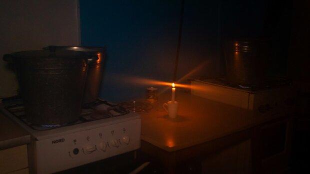 Майже весь Дніпро залишать без електрики під час карантину: деталі та адреси