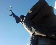 памятник, Воин-освободитель