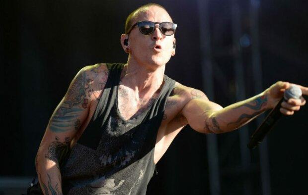 Самоубийство солиста Linkin Park: появились детали