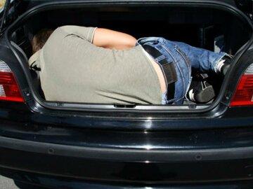 Россиянка нашла в багажнике труп пенсионерки