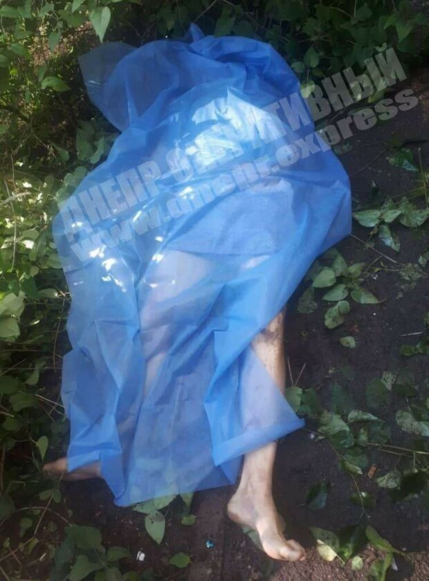 """""""Не мог рассчитаться с кредитами"""": украинец выпрыгнул из окна многоэтажки"""