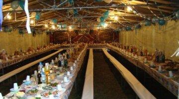 """Украинцы вспомнили старые сельские свадьбы, фото: """"без лимузинов и ресторанов"""""""