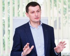 Роман Семенуха: депутат-отличник со связями в Москве