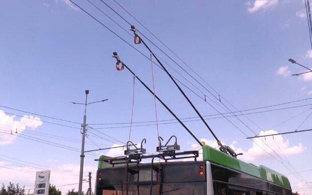 """""""Это станет нормой"""": харьковские троллейбусы стоят из-за """"лишних"""" пассажиров"""