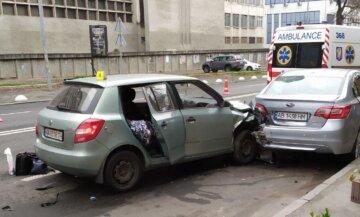 Фатальна аварія в Києві: таксист заснув за кермом і погубив пасажирку, кадри трагічної ДТП