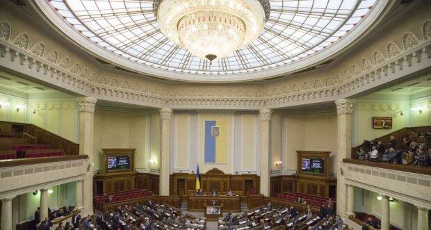 Николай Томенко: украинцы тратят на работу Верховной Рады миллиарды гривен