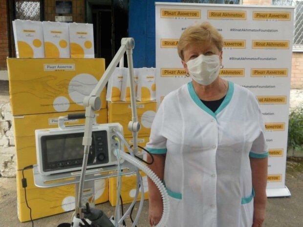ДТЕК та Фонд Ріната Ахметова передали ща 38 апаратів ШВЛ регіональним лікарням