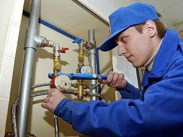 Обов'язкові лічильники тепла й води: Порошенко підписав новий комунальний закон