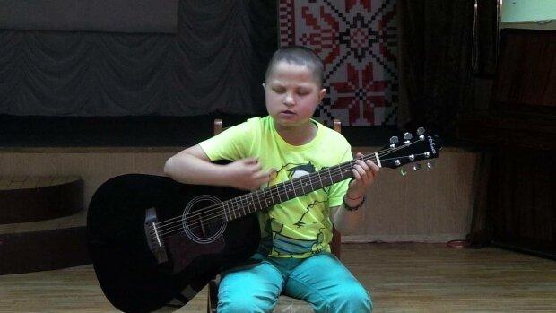 Артем Харченко