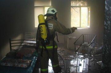 пожар, спасатель, пожарный