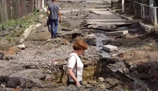 """Последствия наводнения в Одесской области показали на видео: """"Как после бомбежки"""""""