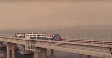 """Росіяни розлютилися з приводу поїздів через Кримський міст, гримить скандал: """"Таке розчарування"""""""