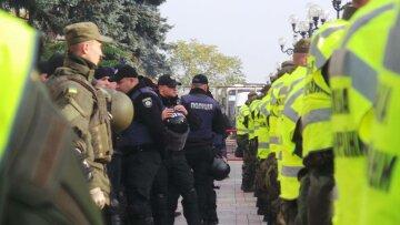 В центре Киева начался переполох накануне Объединительного собора: «стягивают полицию, есть задержанные», фото