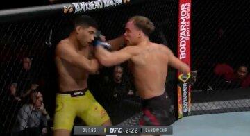В UFC случился зрелищный дебют, яркий нокаут в первом раунде: видео