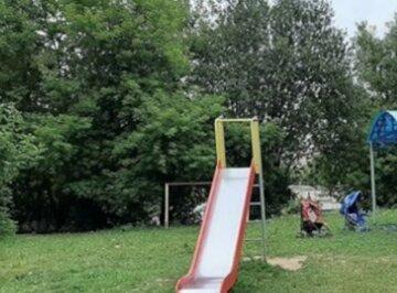 """Люди отбили девочку у неадеквата и устроили самосуд, детали ЧП в Одессе:""""Тащил в парк"""""""