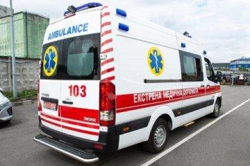 НП в Дніпрі: постраждала дитина, працюють швидкі і поліція