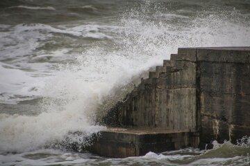 шторм волны море