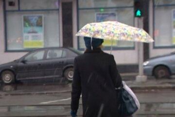 Україну знову заливає дощами перед потеплінням до +30: якою буде погода найближчими днями