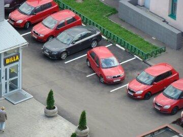 У Львові горе-водії спричинили транспортний колапс: стає дедалі гірше, відео