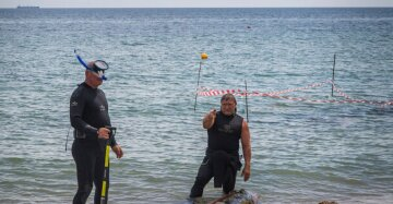 Акулу поймали в море у берегов Одессы: невероятные кадры